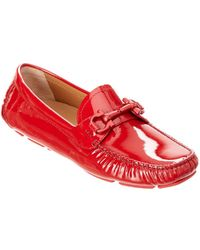 45548d8cbc59de Lyst - Tory Burch Patent Leather Kendrick Driver in Red