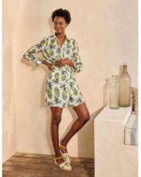 Boden Georgina Linen Shorts Indian Ocean, Flora Tile - White