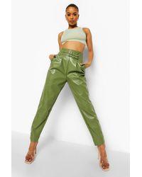 Boohoo Pantalones Ceñidos De Poliuretano Con Efecto Cuero - Verde