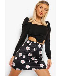 Boohoo Daisy Floral Satin Mini Skirt - Black