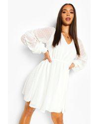 Boohoo Dobby Mesh Rouche Sleeve Skater Dress - Blanc