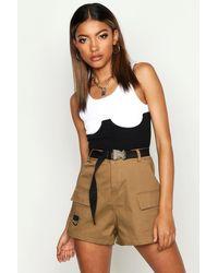 Boohoo Womens Cargo-Shorts aus Twill mit Gürtel - Mehrfarbig