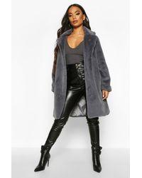Boohoo Womens Petite Luxuriöser Fake-Fur-Mantel - Grau