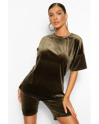 Boohoo Velvet Top And Cycle Short Co-ord Set - Green