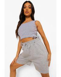 Boohoo Conjunto De Pantalones Cortos Y Top Corto Petite - Gris