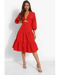 Boohoo Cut Out Tiered Midi Smcck Dress - Rosso