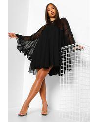 Boohoo Womens Plissiertes Hängerchenkleid Aus Dobby-Netzstoff - Schwarz