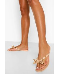 Boohoo Studded Bow Jelly Flip Flop - Natural