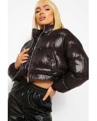 Boohoo Womens Kurze Puffer Jacke In Hochglanzoptik - Schwarz