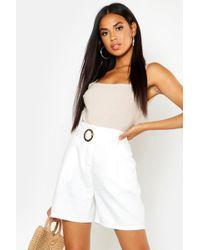 Boohoo O Ring Tailored City Shorts - White