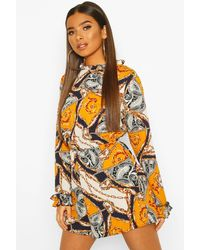 Boohoo Chain Scarf Print Ruffle High Neck Playsuit - Multicolore