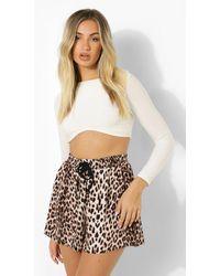 Boohoo Leopard Print Woven Shorts - Marrón
