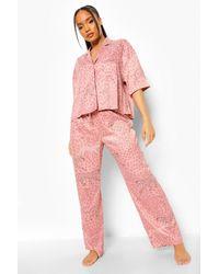 Boohoo Conjunto De Pijama De Manga Corta Con Estampado Animal - Rosa