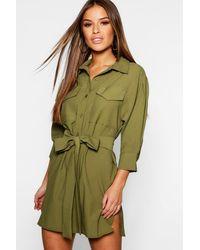 Boohoo Vestido Estilo Camisa Funcional Petite - Verde