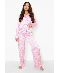 Boohoo Pijama Tall Largo De Raso Con Estampado De Leopardo - Rosa