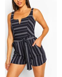 Boohoo Womens Striped Notch Neck Belted Playsuit - Blau