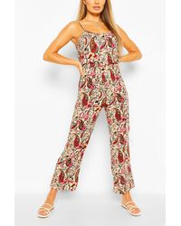 Boohoo Woven Paisley Print Strappy Cami Jumpsuit - Rouge