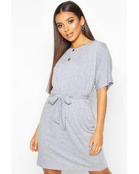 Boohoo - Belted Jersey T-shirt Dress - Lyst