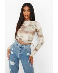 Boohoo Marble Print Ruched Side Long Sleeve Crop - Natural