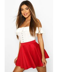 Boohoo Womens Schlichter Mikro-Fit-and-Flare Skater-Rock - Rot