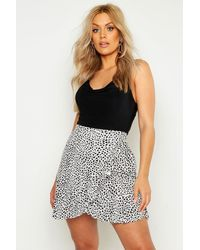 Boohoo Plus Dalmatian Print Ruffle Skater Skirt - White