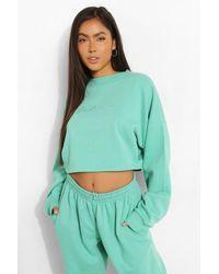 Boohoo Cropped Woman Embroidered Sweatshirt - Green