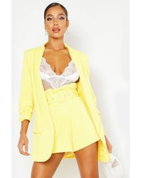Boohoo Tailored Paper Bag Belted Short - Yellow