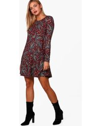 3fd7113a3619 Boohoo Paisley Print Brushed Knit Swing Dress in Red - Lyst