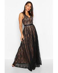 Boohoo Boutique Lace Plunge Maxi Bridesmaid Dress - Black