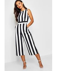 Boohoo Petite Monochrome High Neck Striped Jumpsuit - Nero