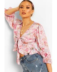 Boohoo SATIN FLORAL TIE FRONT BLOUSE - Rosa