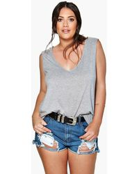Boohoo - Womens Plus V Neck Tank - Lyst