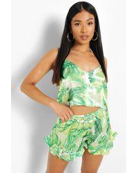 Boohoo Pijama Petite Corto Con Vuelo Y Estampado Tropical - Verde