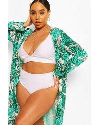 Boohoo Kimono De Playa Con Estampado Tropical Plus - Verde
