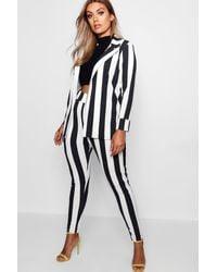 Boohoo Womens Plus Gestreiftes Anzug-Set - Schwarz