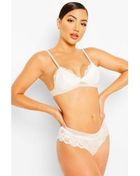 Boohoo Womens Lace Bralet & Brazilian Set - Weiß