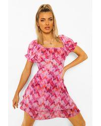 Boohoo Vestido De Playa En Capas Estilo Bardot De Chifón Estampado - Rosa