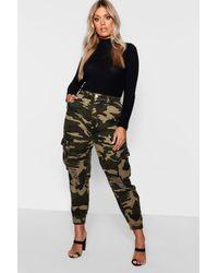 Boohoo Plus Ripped Pocket Denim Camo Cargo Jeans - Green