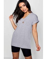 Boohoo - Oversized Boyfriend V Neck T-shirt - Lyst