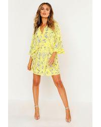 Boohoo Premium Robe Manches Kimono Et Ornements Faits Mains - Jaune