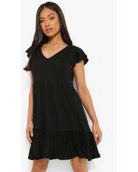 Boohoo Petite Ruffle Sleeve V Neck Smock Dress - Negro