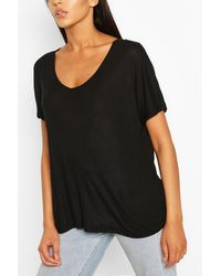 Boohoo T-shirt oversize a coste con scollo tondo - Nero