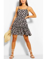 Boohoo Floral Print Strappy Tiered Swing Dress - Purple