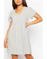 Boohoo V Neck Frill Sleeve Smock Dress - Grey