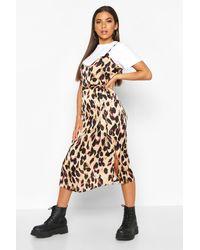 Boohoo Vestido De Tirantes En Satén Con Estampado De Leopardo - Marrón