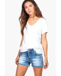 Boohoo | Patsy Pearl And Stud Star Detail Denim Shorts | Lyst