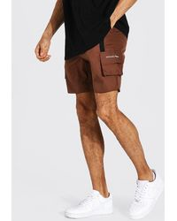 BoohooMAN Tall 3D Cargo-Shorts mit Detail - Braun