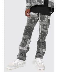 BoohooMAN Relaxed Fit Washed Bandana Print Jeans - Gris
