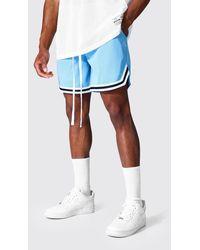 BoohooMAN Short Length Mesh Basketball Shorts With Tape - Blau