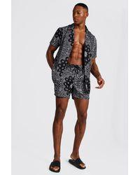 BoohooMAN Short Sleeve Revere Bandana Shirt And Swim - Black